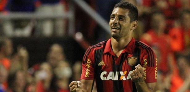 Diego Souza comemora gol do Sport contra o Atlético-MG