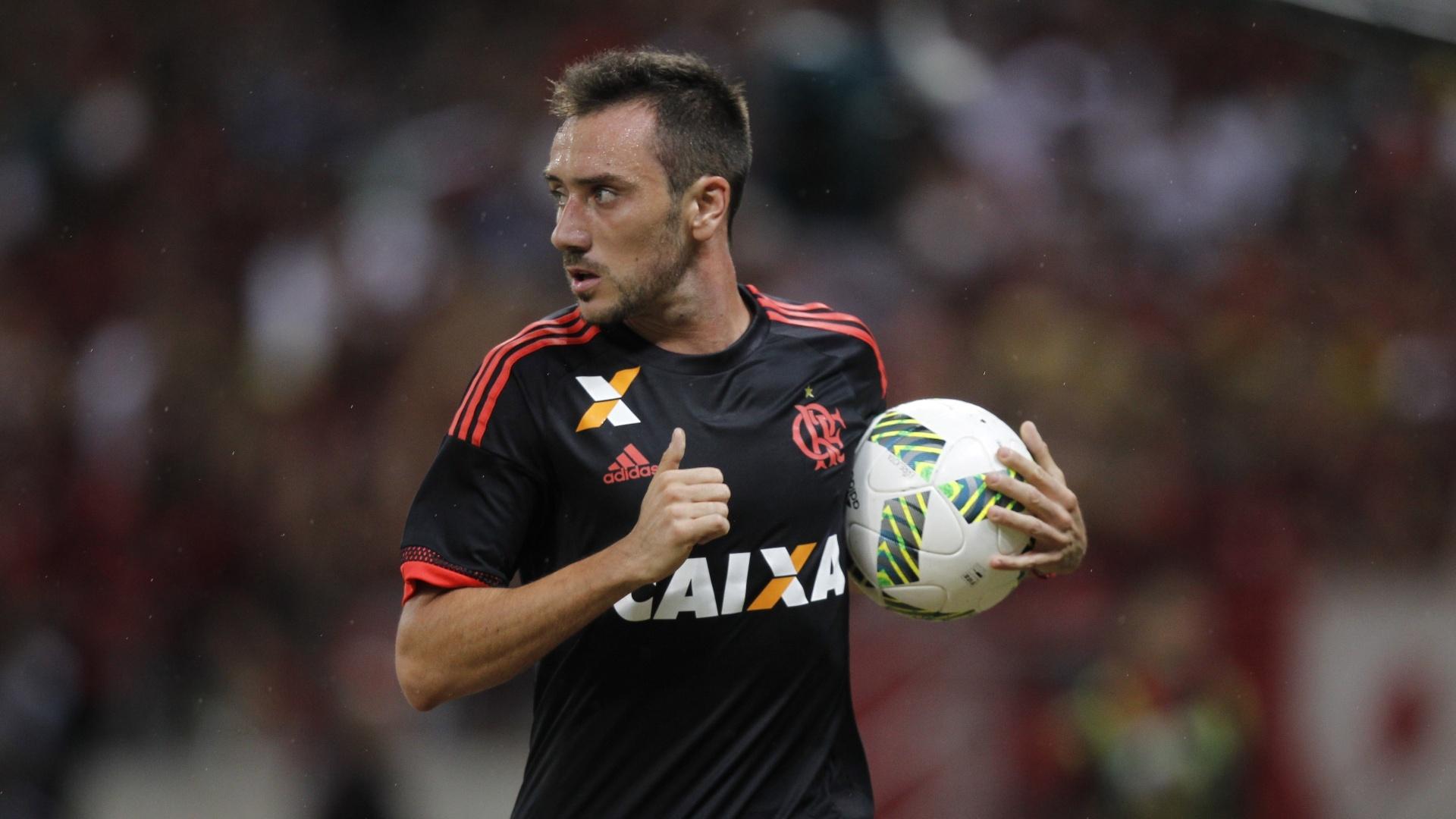 Frederico Mancuello jogou 45 minutos em boa estreia com a camisa do Flamengo