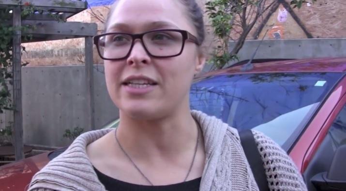 Ronda Rousey explica declaração sobre suicídio após derrota para Holly Holm