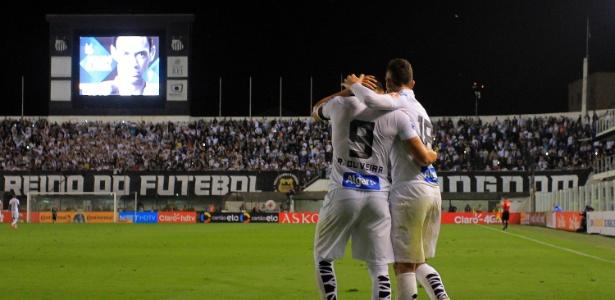 Ricardo Oliveira marcou um belo gol e fechou o placar com mais dois gols de pênaltis