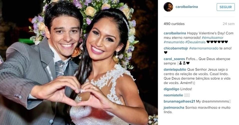A bailarina do programa 'Domingão do Faustão' Carolina Oliveira se casou com o ginasta da seleção brasileira Francisco Barretto em janeiro de 2015