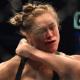 Holm fatura quatro prêmios no 'Oscar do MMA'. McGregor é o melhor lutador