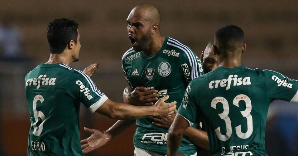 Alecsandro comemora gol marcado pelo Palmeiras na partida contra o Rio Claro