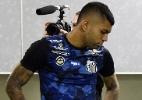 Gabigol agradece Santos em jogo de despedida e diz: