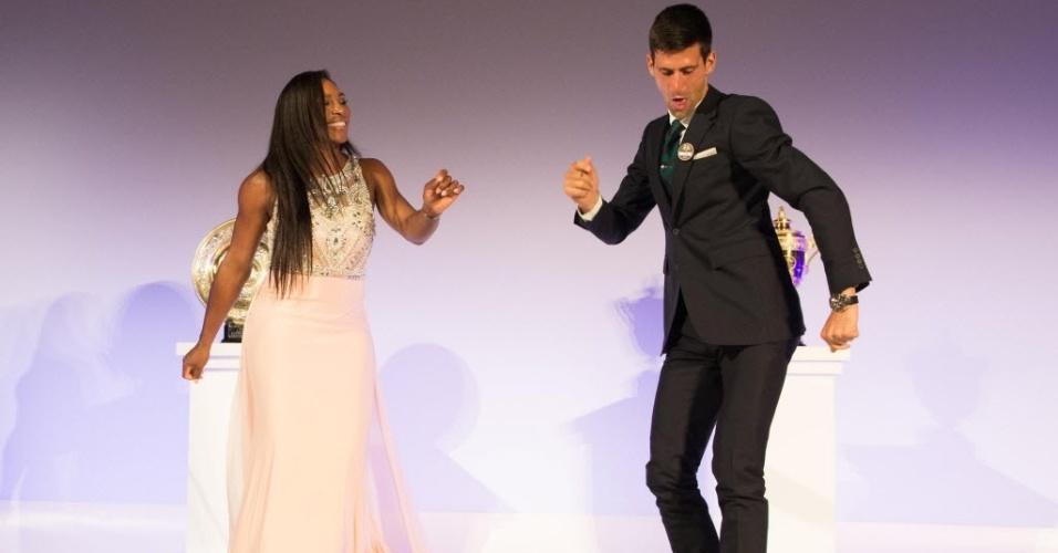 Serena Williams e Novak Djokovic dançam em festa de encerramento de Wimbledon