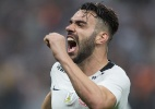 Corinthians acerta com Bruno Henrique, mas ainda negocia compra de direitos