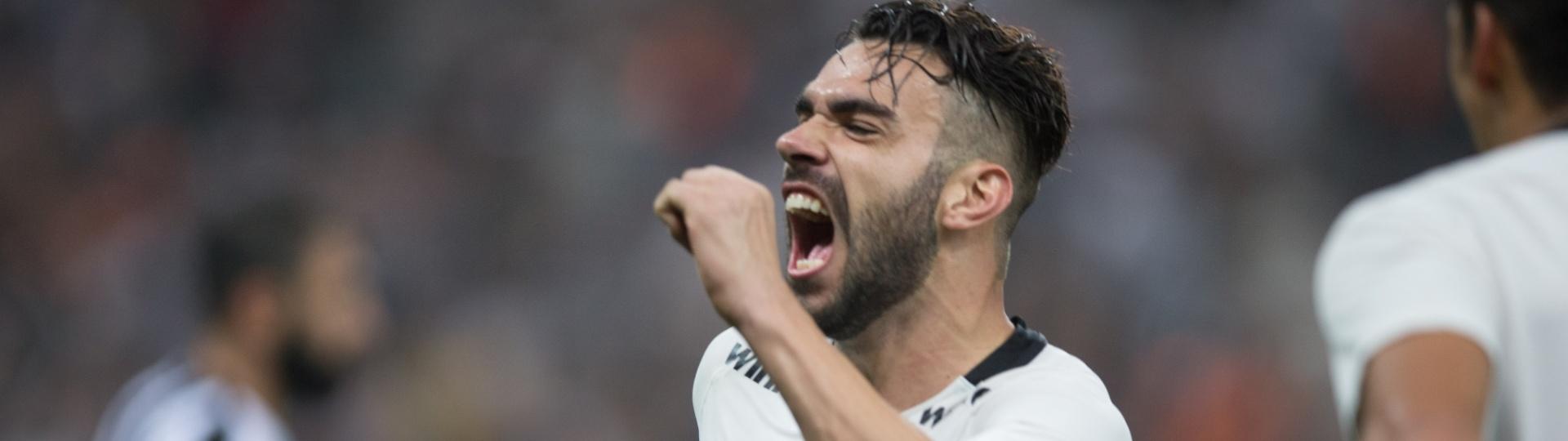 Bruno Henrique comemora gol marcado pelo Corinthians sobre o Botafogo