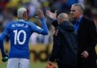 Tite revela papo e pedido de Neymar: 'pronto para ser capitão novamente'