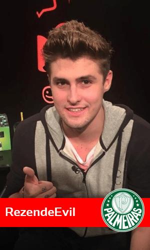 O youtuber RezendeEvil ultrapassou os 7 milhões de seguidores com seu canal sobre o game Minecraft e não se cansa de declarar nas redes sociais que torce para o Palmeiras