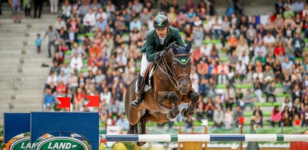Rodrigo Pessoa com o cavalo Status em 2014. Este poderá ser seu animal na Rio-16