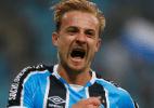 Autor de gol salvador do Grêmio ganha novo contrato até 2019 - Lucas Uebel/Grêmio