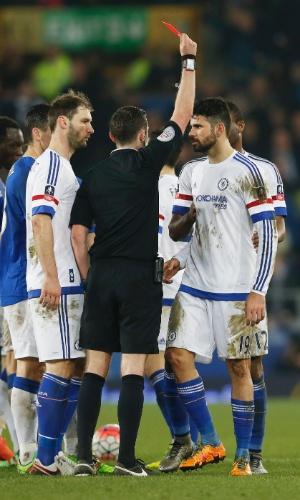 Diego Costa recebe cartão vermelho em Chelsea e Everton pela Copa da Inglaterra
