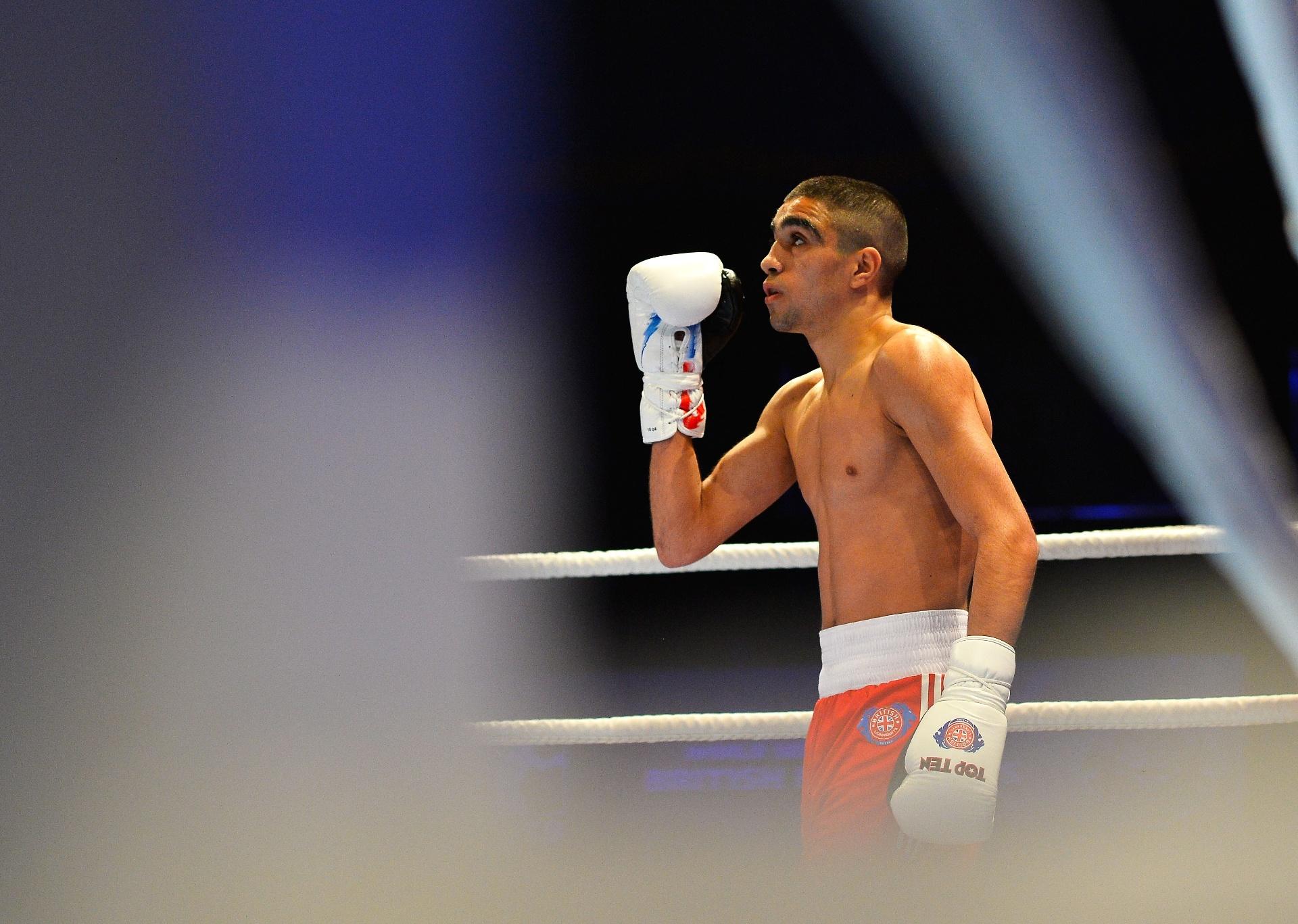 Muhammad Ali, boxeador britânico