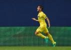 Pato marca em estreia, mas Villarreal se complica na Champions