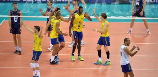 Banco do Brasil seguirá sendo o patrocinador exclusivo do uniforme da seleção brasileira de vôlei de quadra nos próximos quatro anos