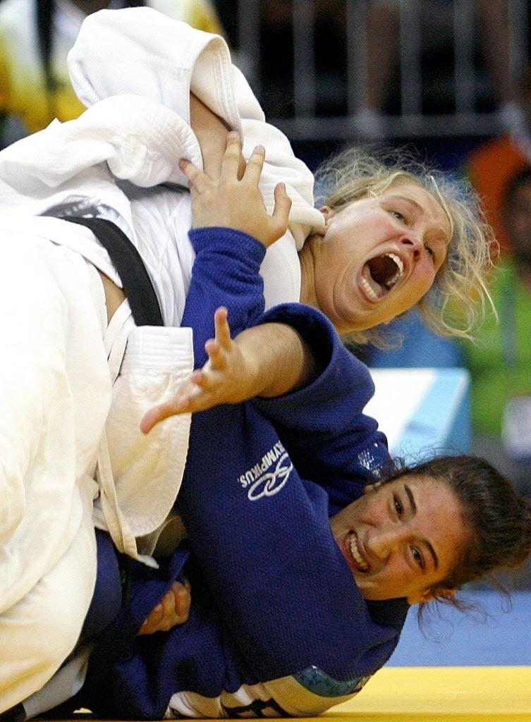 Ronda Rousey durante luta em que venceu a brasileira Mayra Silva, no judô, pelo Pan-Americanos do Rio de Janeiro, 2007