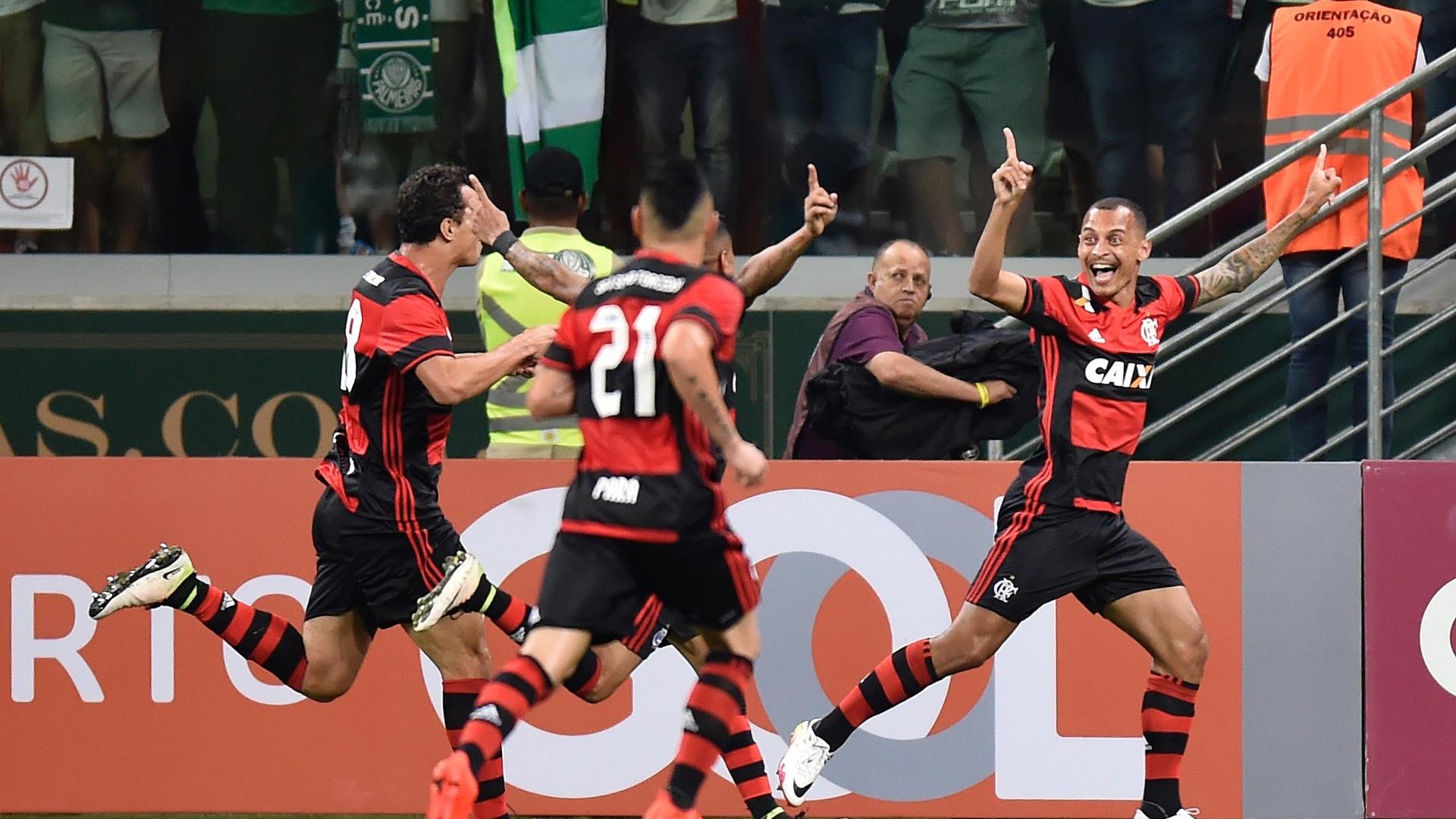 Alan Patrick faz para o Flamengo contra o Palmeiras