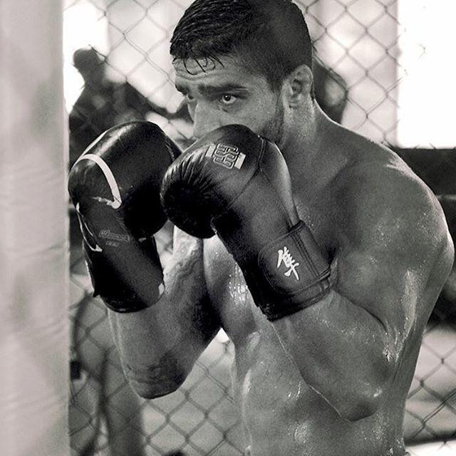 Thiago Tavares treina para a luta contra Doo Ho Choi