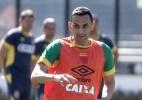 Com Rafael Marques, Vasco já tem quase um time inteiro de ex-botafoguenses