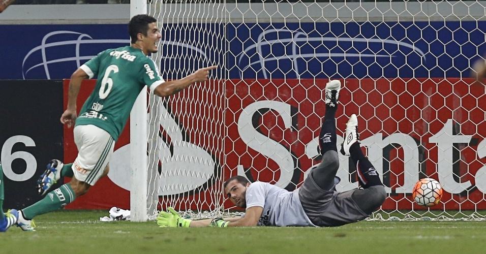 Egídio abre o placar para o Palmeiras contra o River Plate-URU, na Libertadores
