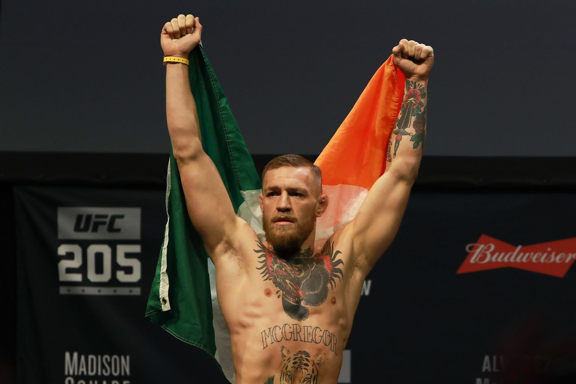 McGregor vibra com apoio da torcida de Nova York