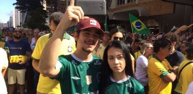 Resultado de imagem para manifestações no brasil  chapecoense