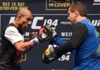 Treinador revela desabafo de Aldo e não descarta ir à justiça contra o UFC