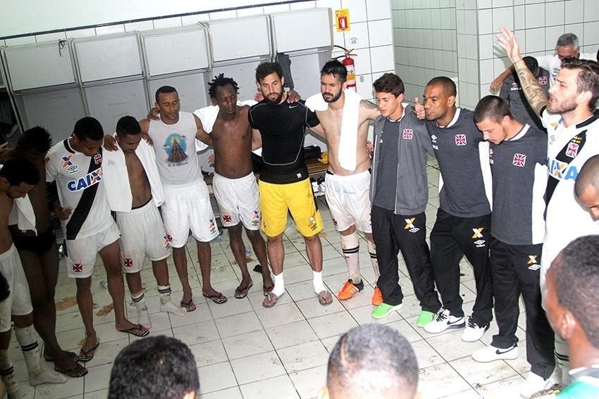 Jogadores do Vasco estão unidos em prol da fuga do rebaixamento no Brasileiro