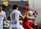 Santos vence, mas gol fora de casa mantém Inter