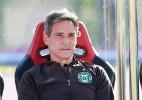 Em reviravolta, Coritiba anuncia que Carpegiani fica no clube para 2017 - Robson Ventura/Folhapress