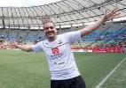 Wesley Safadão dá show no Maracanã e se define '60% cantor e 40% jogador'