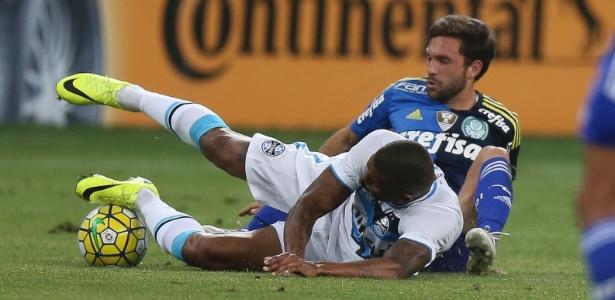 Por que o Palmeiras não corre risco de perder pontos por escalar Allione