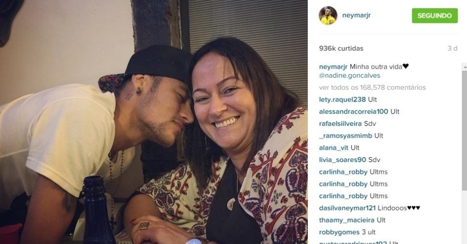 Neymar também já postou nesses dias uma foto com a mãe, Nadine, a quem sempre se refere com muito carinho. No início do mês, Nadine foi citada pela primeira vez no processo que a Justiça espanhola move contra Neymar e seu pai