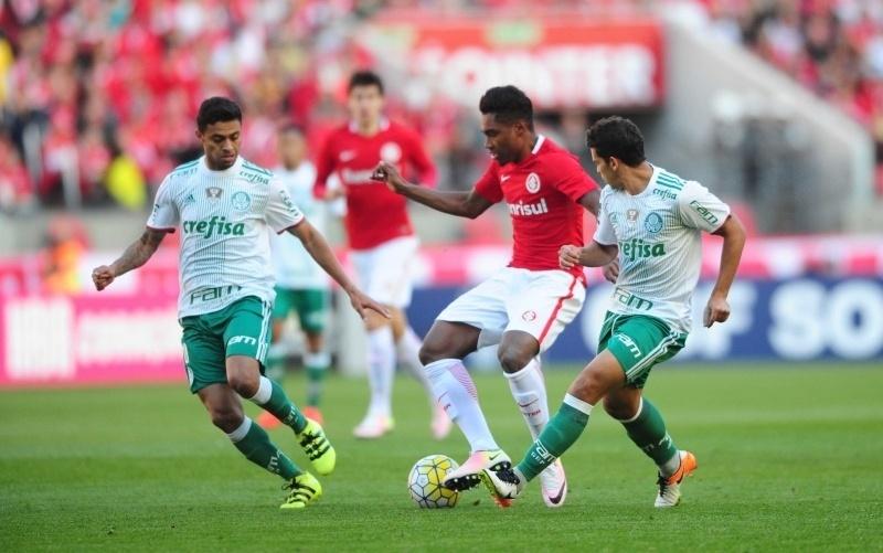 Internacional e Palmeiras se enfrentam no Estádio do Beira-Rio, em Porto Alegre
