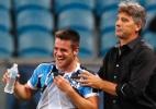 Autor de golaço do Grêmio celebra recuperação: