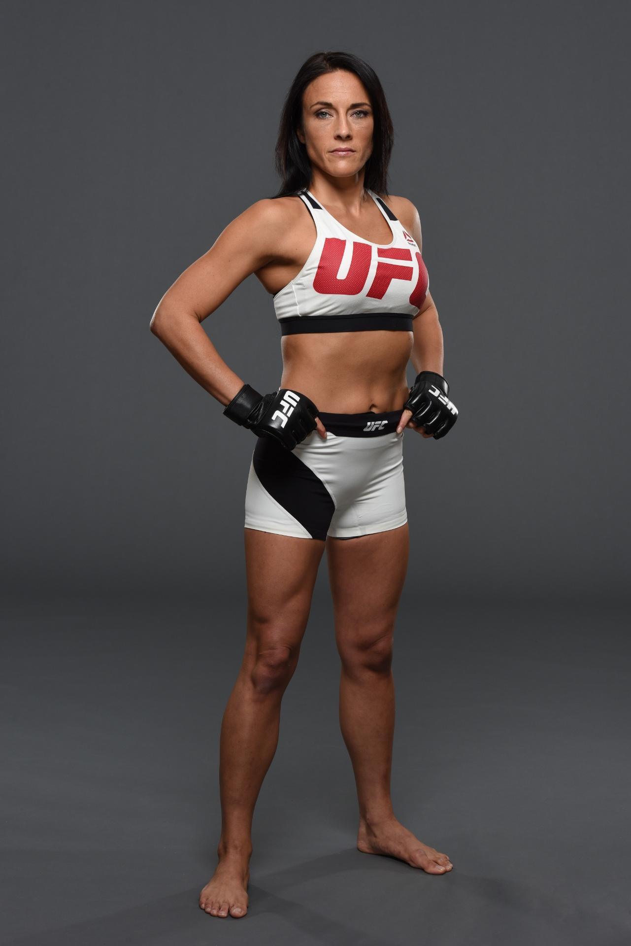 Valerie Letourneau, lutadora do UFC