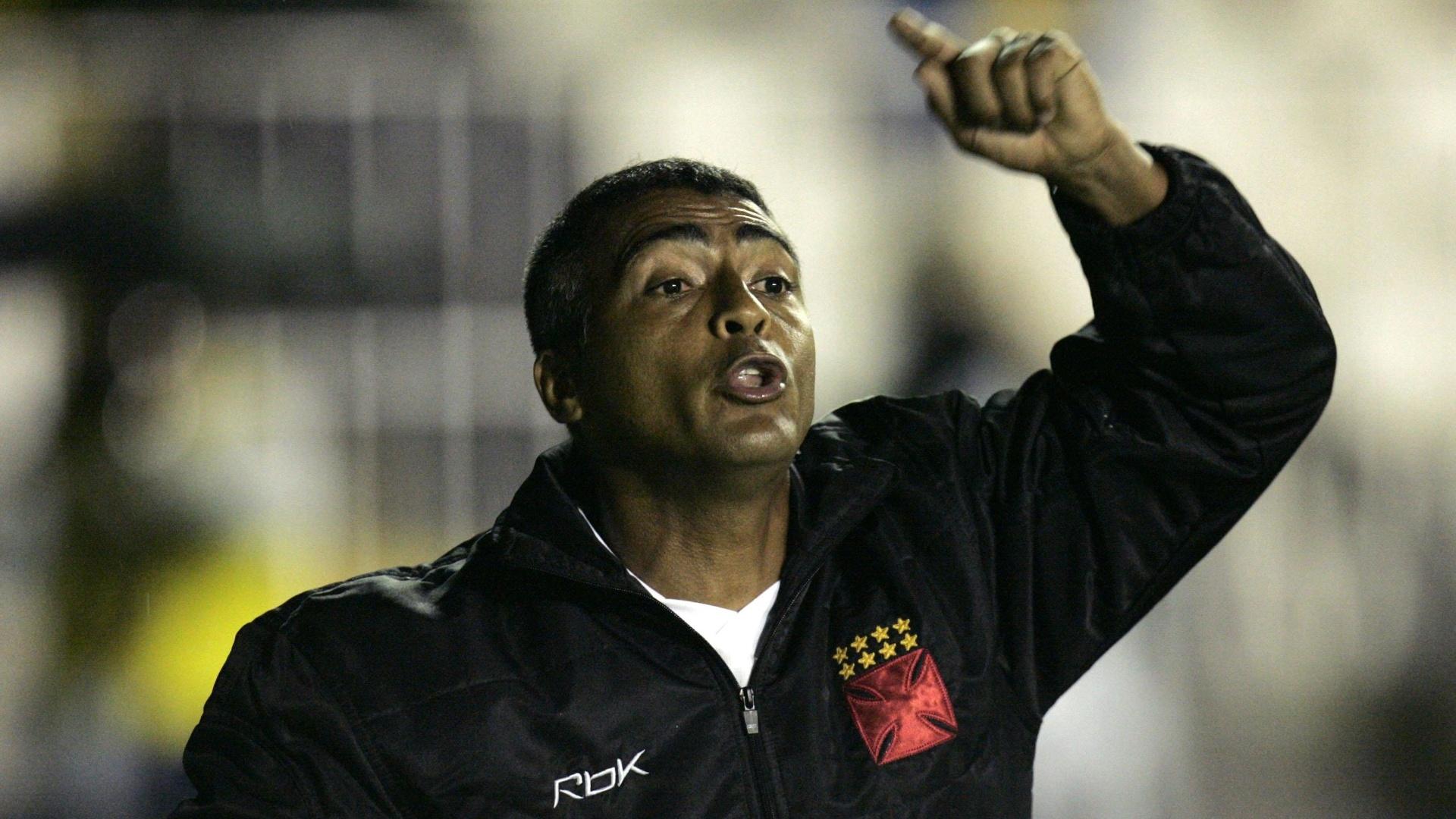 Romário atuou como jogador-treinador no Vasco em 2007