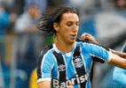 Chapéu, disputa com Guerrero e vitória: o jogo 100 de Geromel no Grêmio