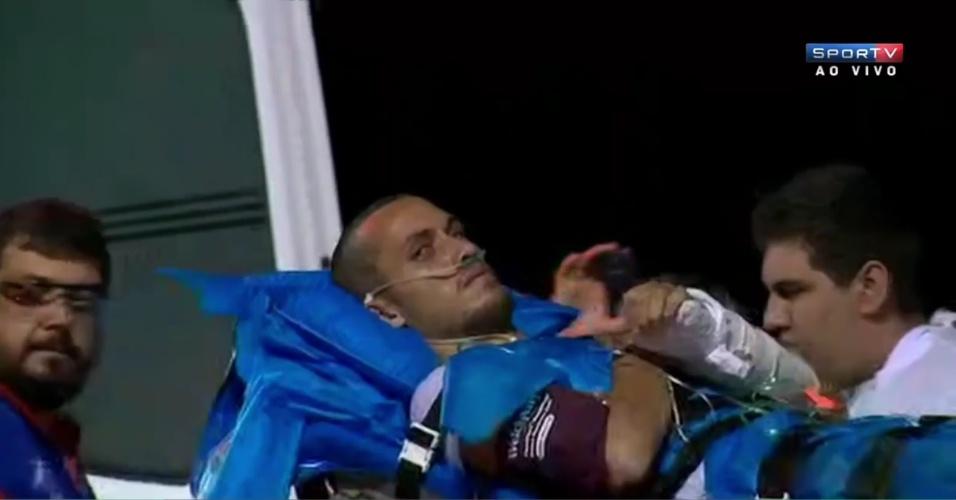 Volta para casa depois de 18 dias: Zagueiro Neto chega a Chapecó e se junta a Ruschel e Henzel