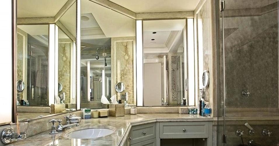 Banheiro do imóvel em Nova York comprado por Cristiano Ronaldo