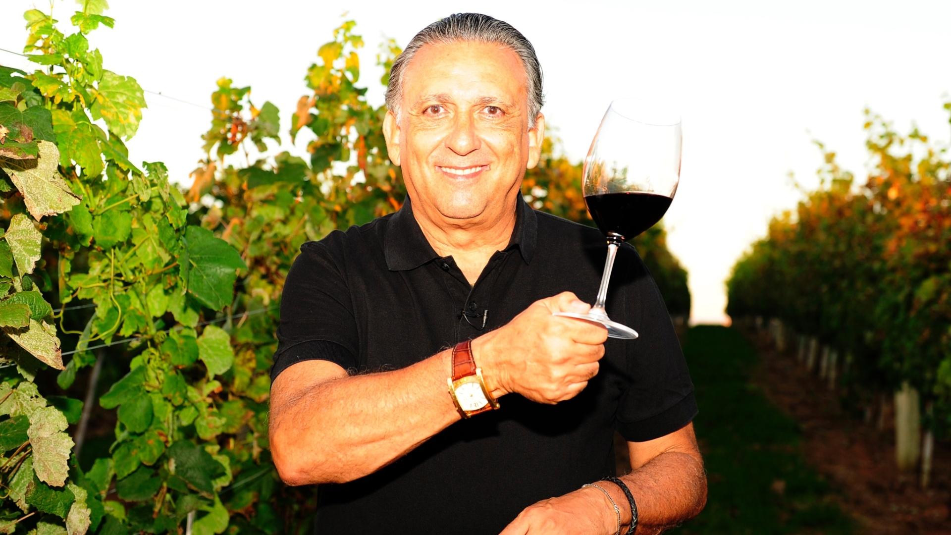O apresentador é considerado uma espécie de garoto propaganda das vinícolas da região. Ele pretende abrir a propriedade para visitas no futuro