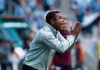 Roger lamenta descuido no fim e empate do Grêmio: