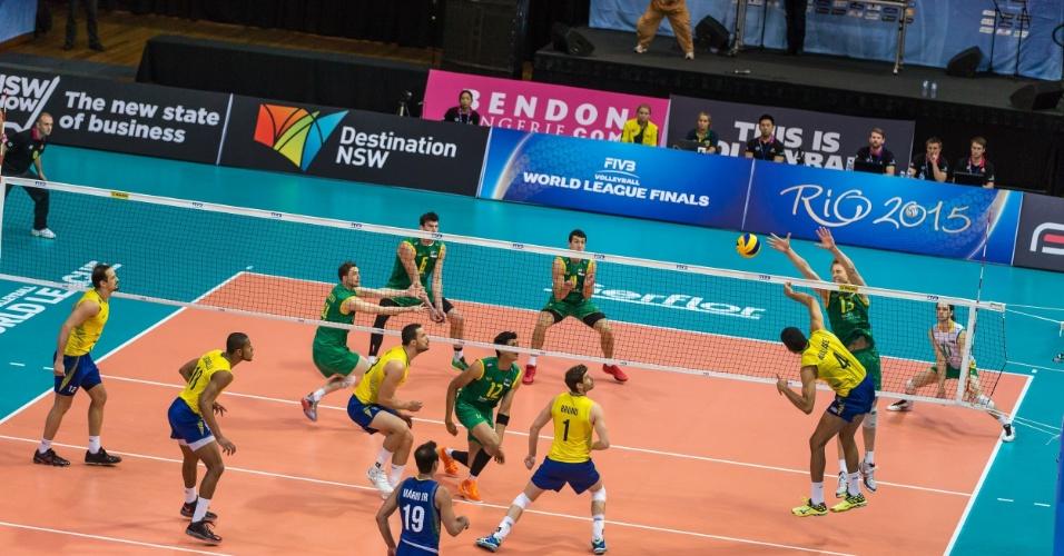 Australianos e brasileiros voltam a se enfrentar na madrugada deste sábado às 3h40 (horário de Brasília)