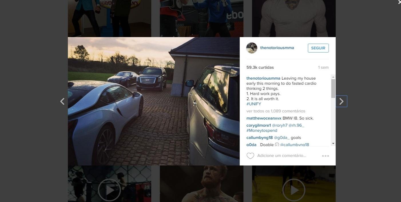 Reprodução de imagem do Instagram de Conor McGregor com a coleção de carros do irlandês
