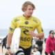 Melhor amigo brasileiro e filho da Meca do surfe: quem é o novo campeão - Kelly Cestari / WSL