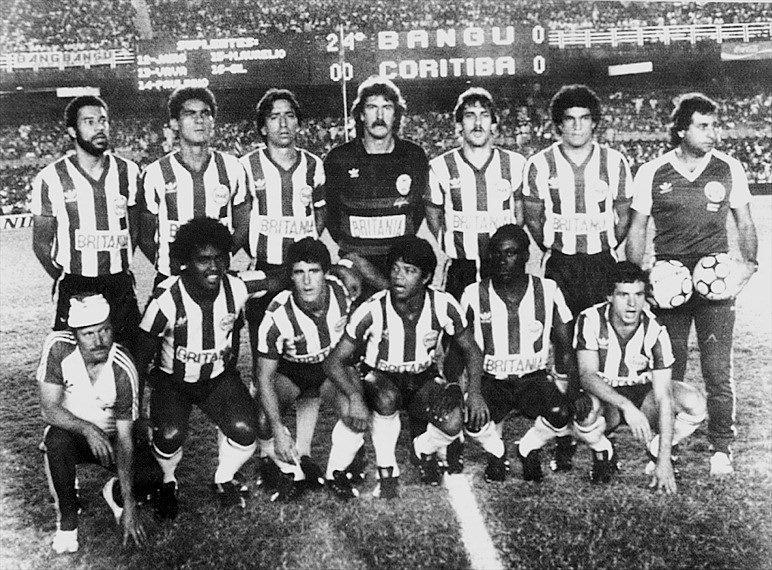 Time do Coritiba, campeão brasileiro de 1985 após vitória por 6 a 5 nos pênaltis