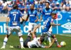 Ábila marca de novo, Cruzeiro vence Santa Cruz e se afasta da degola