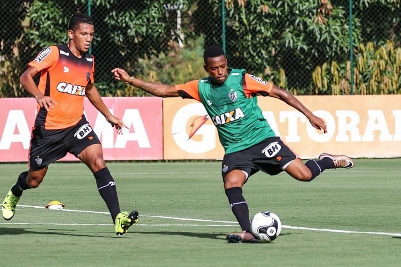 Robinho treinou na Cidade do Galo, mas estreia vai acontecer somente na Libertadores
