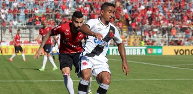 Jorge Henrique durante derrota do Vasco para o Brasil-RS: possibilidade de acesso ainda é alta