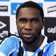 Roger Machado escolhe Negueba para vaga de Giuliano no Grêmio